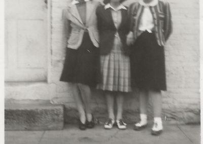 Betty Haller, Jane Clopper and Charlotte (Nicodemus) Haynes
