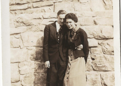 Charlotte and Glen Haynes at Washington Monument in 1937.