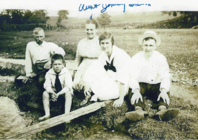 Franklin Clopper, their Aunt Jenny, Charles Clopper is the boy, Flossie and Thomas Clopper on the far right.
